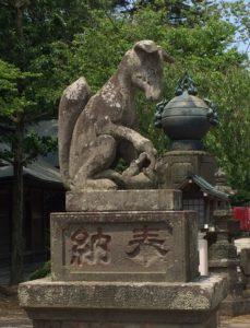 狐の狛犬(吽像)