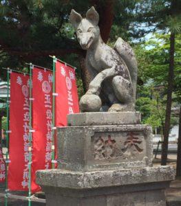 狛犬は眷属の狐(阿像)